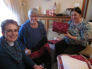Bridget and Anne Jordan purchase handicrafts from Ida in Bethlehem.